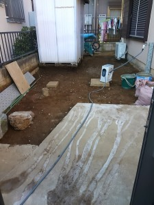 庭の改修(土→コンクリート)-2